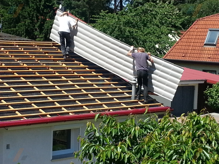 Top Fotostrecke: Montage von Pfannenprofilblechen | der Dachplattenprofi! AZ16